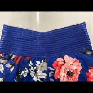 Cute Booty Lounge Pants - Blue floral legging